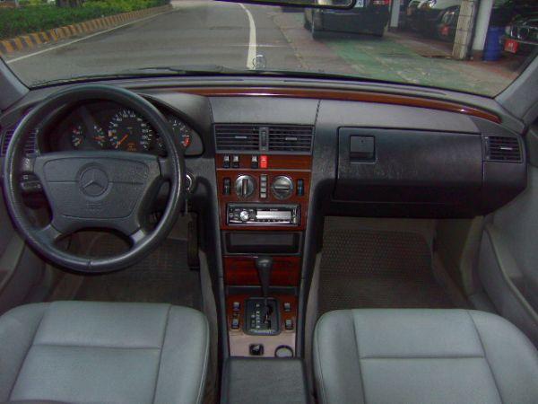 1994年 在地ㄧ手車 底盤不低油 照片6