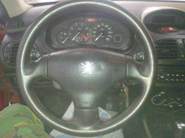 03年Peugeot 寶獅206 天窗版 照片7