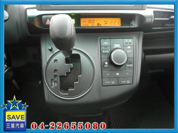 Toyota Wish 七人 三星汽車 照片4