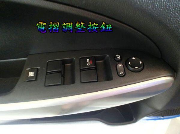 SUM聯泰汽車 2009年 MAZDA2 照片8