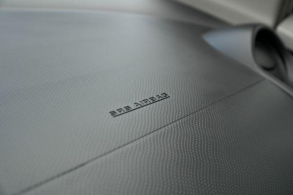 2011年豐田Yaris 在庫數台 照片6
