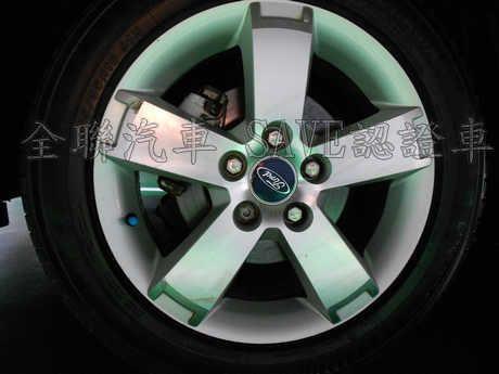 Ford 福特 Focus 1.8 照片9