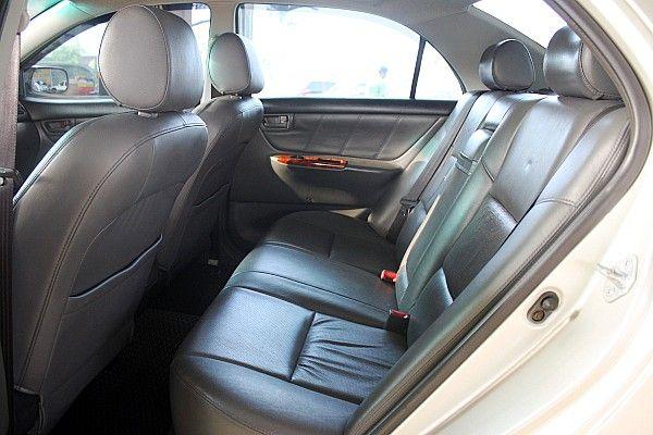 Toyota 豐田 Altis 1.8 照片4