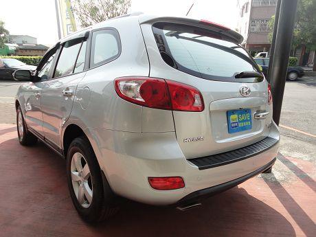 Hyundai 現代 Santa FE 照片10