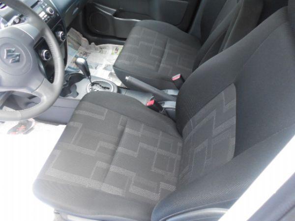 SX4頂級 實車實圖 照片8