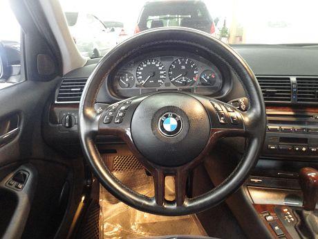BMW 寶馬 3系列 318 照片3