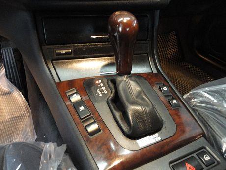 BMW 寶馬 3 照片5