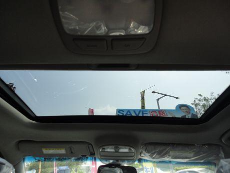 Hyundai 現代 Santa FE 照片9