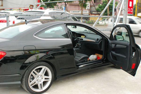 ★小瑋嚴選☆2011 Benz C250 照片3