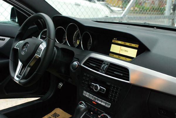 ★小瑋嚴選☆2011 Benz C250 照片5