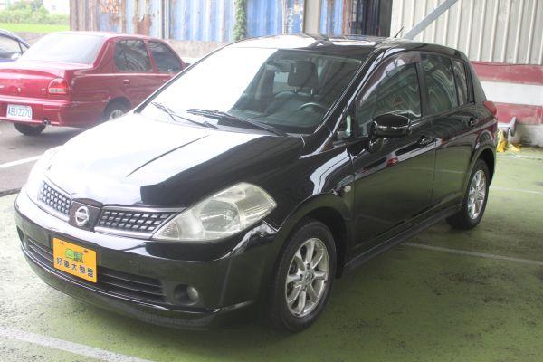 Nissan Tiida 1.8 黑 照片10