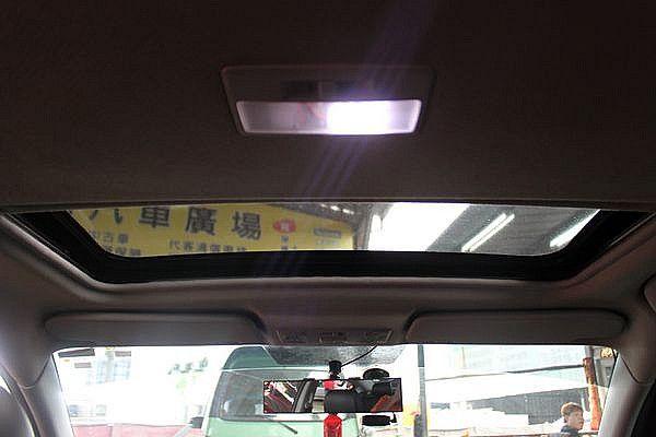 Mazda 馬自達 M3 2.0s 4D 照片6