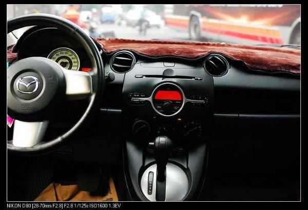 ★小瑋嚴選☆08 Mazda 2 照片3