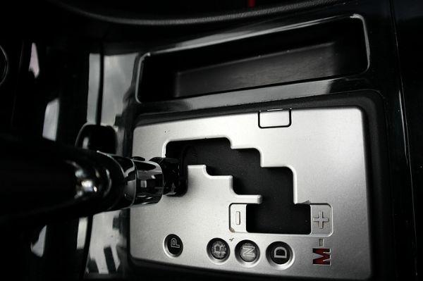 ★小瑋嚴選☆08 Mazda 3 照片7
