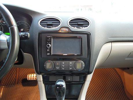 2007 Ford 福特 Focus  照片4