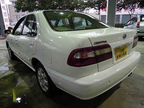 2000 日產 Sentra HV 照片10