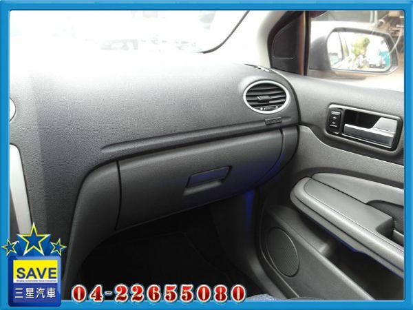 Ford Focus 2.0 5D 照片4