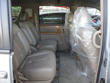 Nissan 日產 Serena QRV 照片8