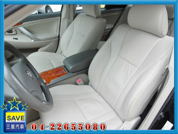 Toyota Camry 2.0 E版 照片5