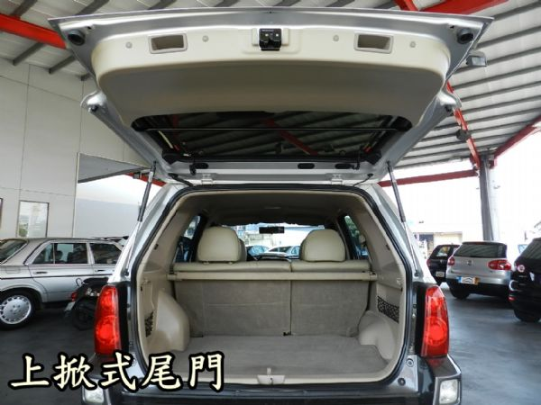 Ford 福特 ESCAPE 銀 2.3 照片9