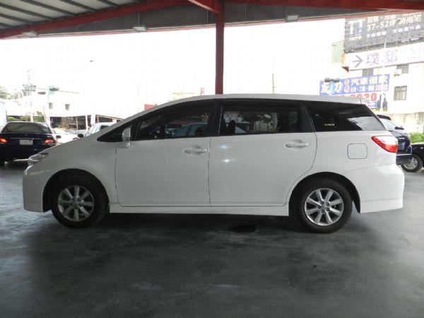 Toyota 豐田 WISH 白 2.0 照片10