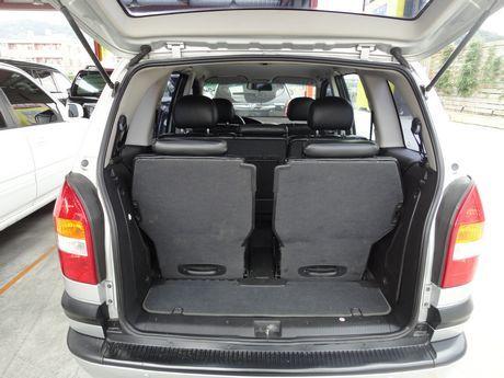 Opel 歐寶 Zafira 照片8