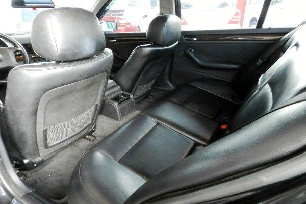 2000年 BMW 330 3.0 黑  照片6