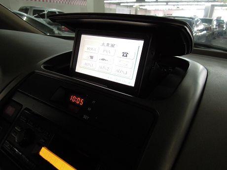 Nissan 日產 Serena QRV 照片4