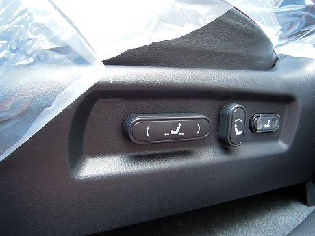 Hyundai 現代 Santa FE 照片6