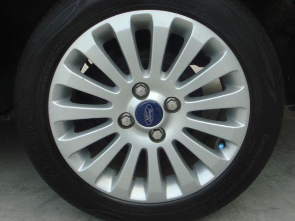 巨大汽車save認證車Fiesta 照片6