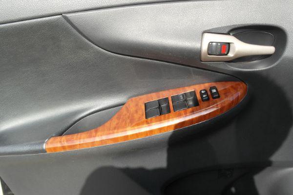 09年Toyota Altis 1.8E 照片5