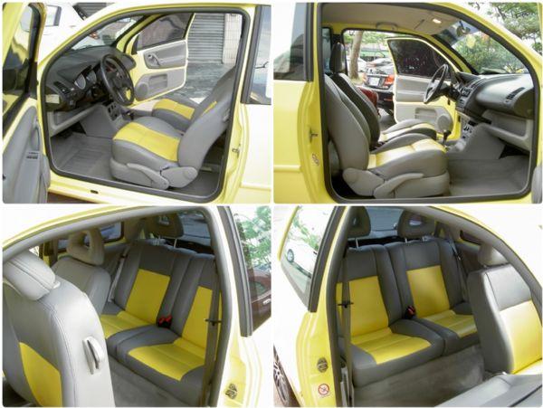 2002年黃色小鴨鴨 省油都會小車 照片3