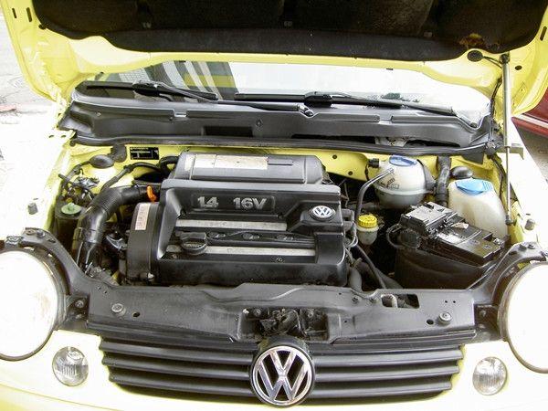 2002年黃色小鴨鴨 省油都會小車 照片6