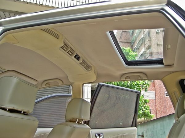 2003年七人休旅 天窗 恆溫 一手車  照片5