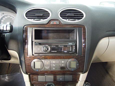 2006 Ford 福特 Focus  照片4