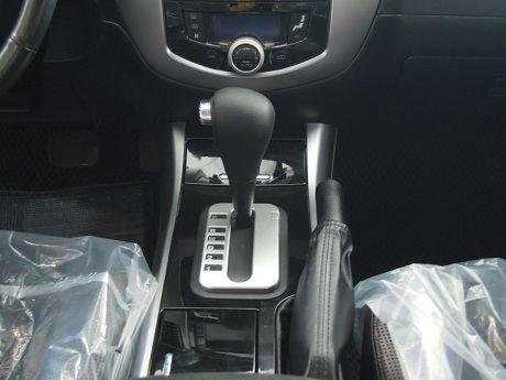 2008 Ford 福特 Escape 照片5