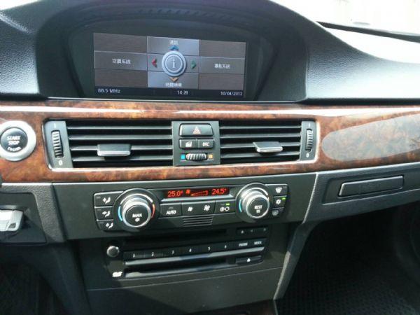 BMW 335i  四門  照片5