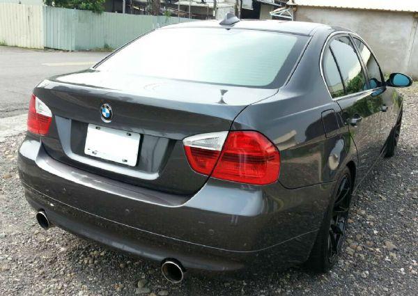 BMW 335i  四門  照片9