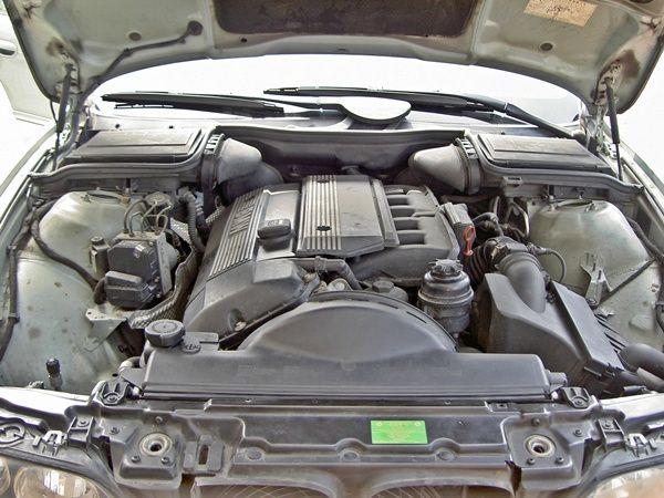 新引擎2.2 一手車 黑內裝 照片6