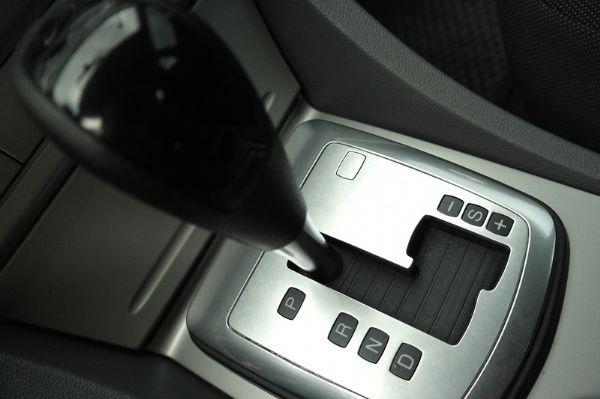 ★小瑋嚴選☆11 Ford Focus 照片6
