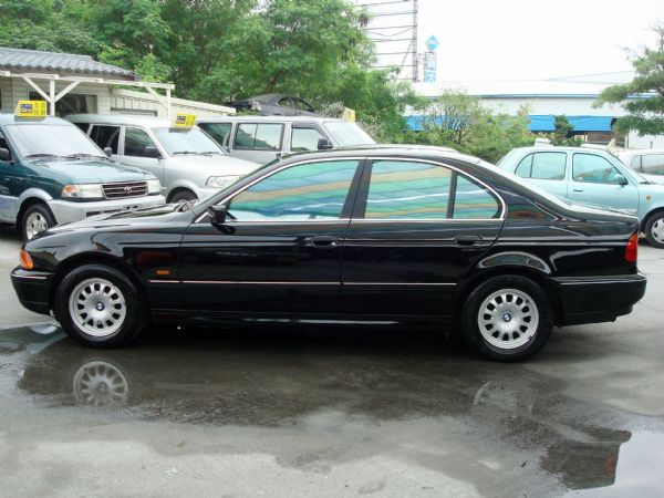 528IBMW寶馬98年E392.8黑 照片4