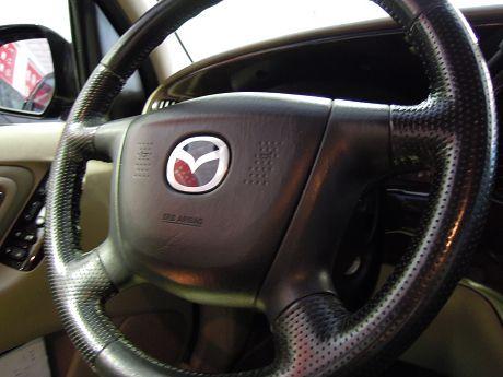Mazda 馬自達 Tribute 照片3