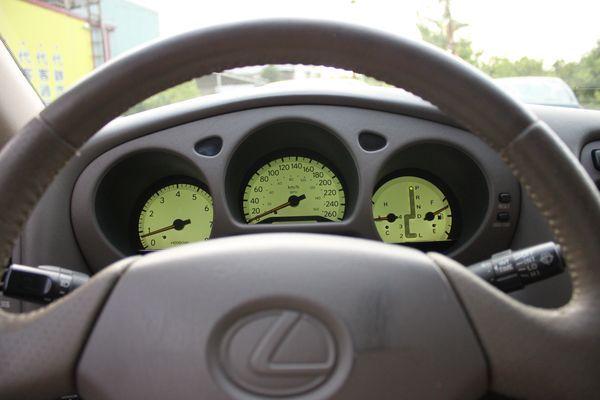GS300 鋁圈 黑車頂 尊翔汽車 照片4