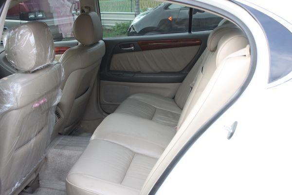 GS300 鋁圈 黑車頂 尊翔汽車 照片5