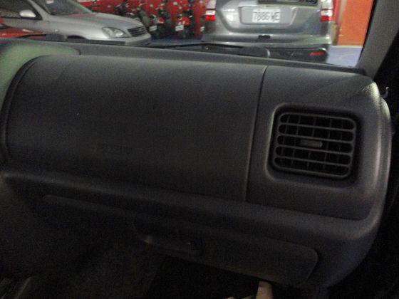 Suzuki 鈴木 Jimny  照片5