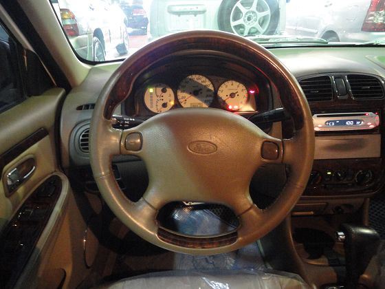Ford 福特 Tierra  照片4