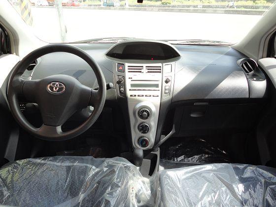 Toyota豐田 Yaris  照片2