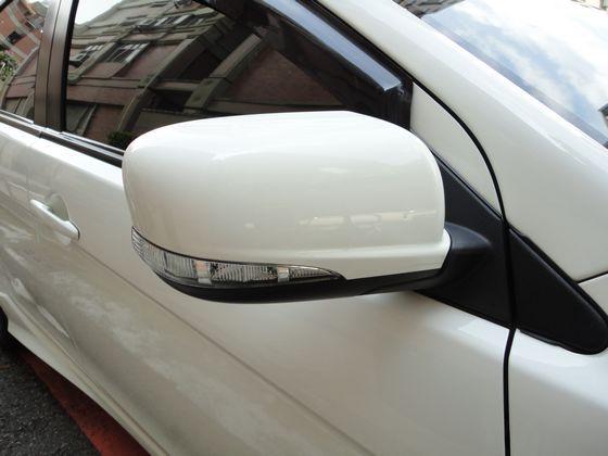 Mitsubishi 三菱 Fortis 照片8