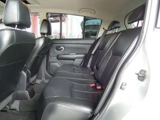Nissan 日產 Tiida 照片7