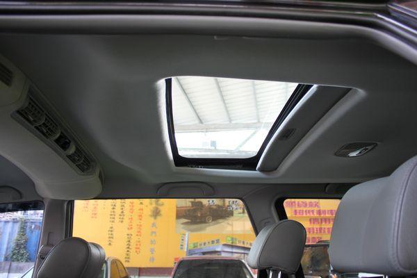 2006年 2.4 黑 七人座 天窗 照片7